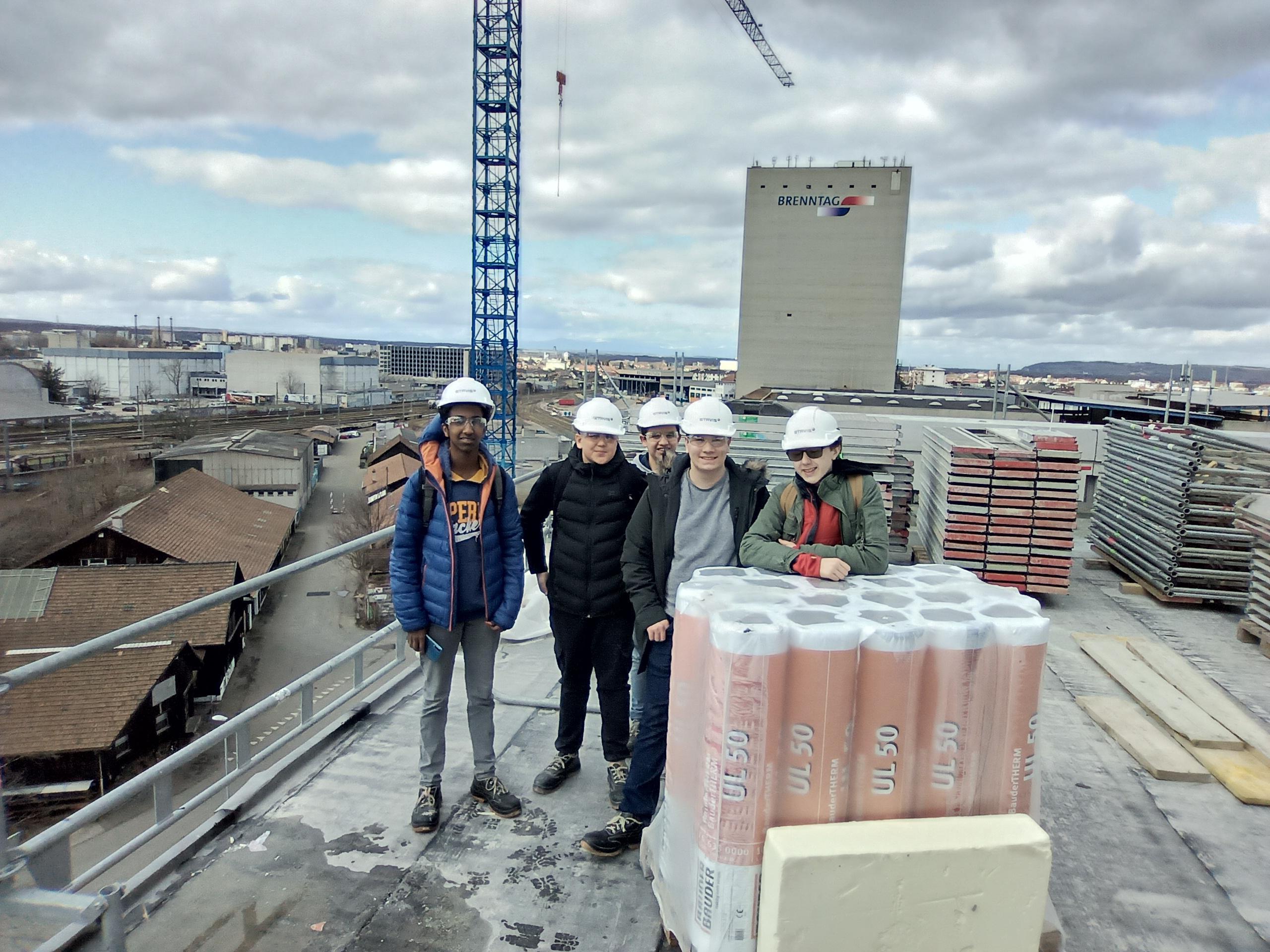Über den Dächern Basels waren die fünf Jugendlichen mit der ETAVIS