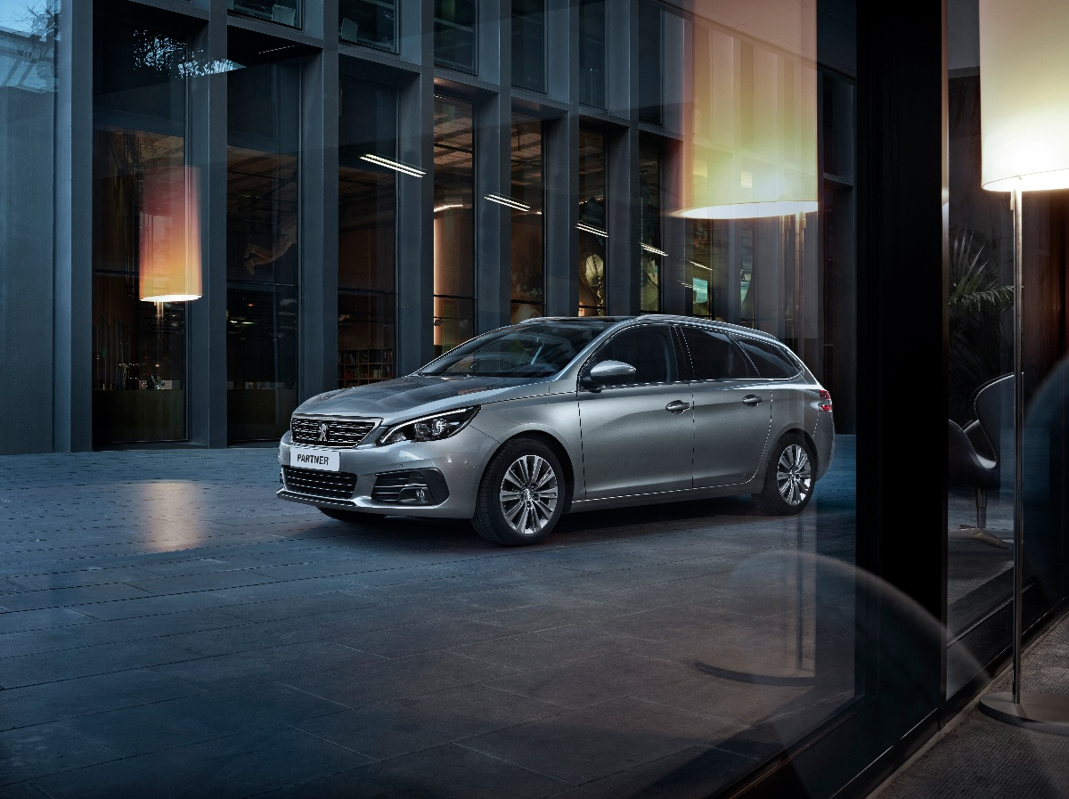 Nouvelle flotte de véhicules Peugeot pour VINCI Energies Suisse