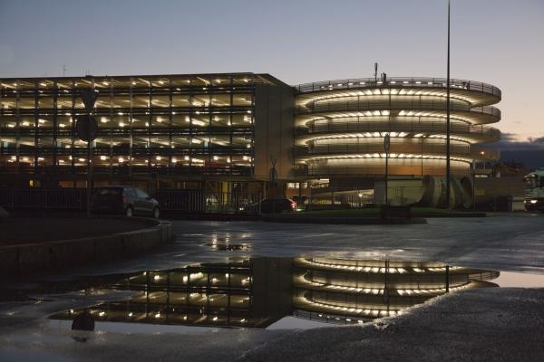 Le système de guidage de stationnement dans le P+R Étoile à Genève fait peau neuve